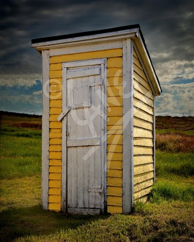 Twillingate, outhouse